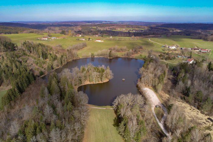 Vue aérienne de l'étang de la Demoiselle